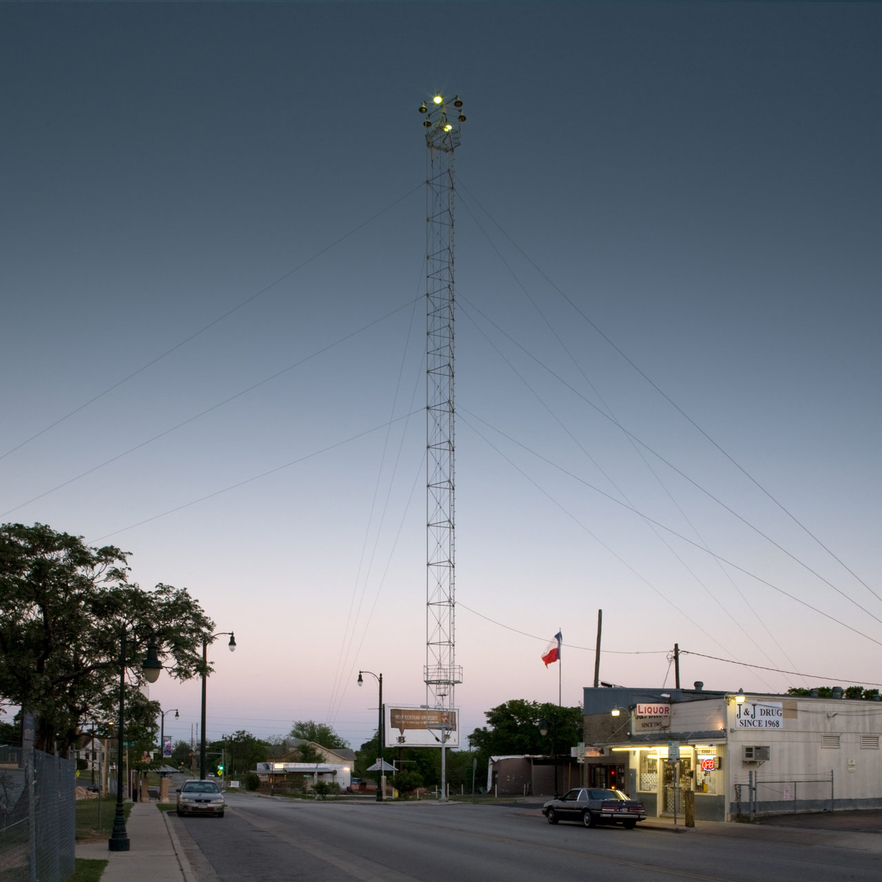 Andy_Mattern-Moonlight_Tower_11th-&-Lydia